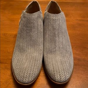 Brand new Lucky brand size 10 women's booties gray